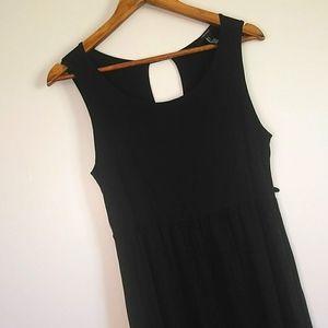 FOREVER 21 basic black summer dress open back